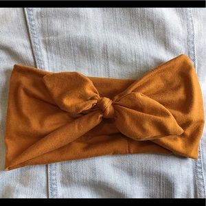 Urban Outfitters ribbon head wrap